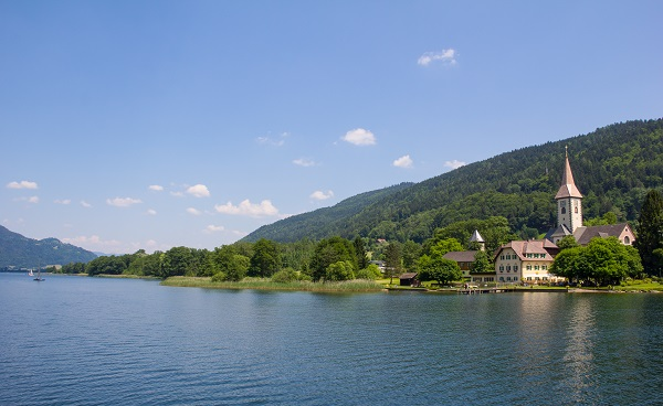 IT-ALPE-ADRIA-TRAIL shutterstock 2855View To Ossiach From Ship At Lake Ossiach 86784